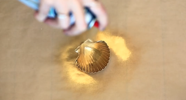 DIY: Make Your Own Beautiful Seashell Candles