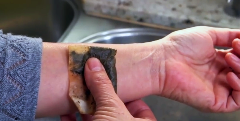 This lady puts a used tea bag on her wrist it seemed weird but the reason brilliant - Uses for tea bags ...