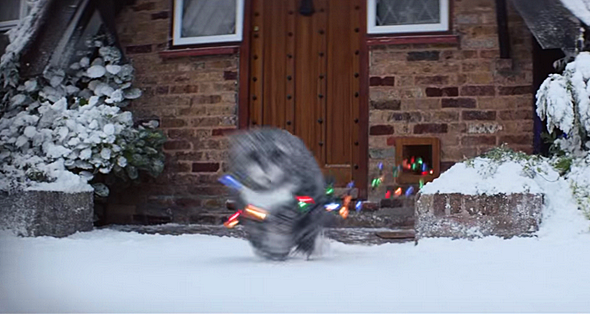 Mog The Cat Is Back For Some Christmas Calamity This Year!