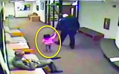 Dad Left His 2-Year-Old Baby Girl With a Stranger At Court! He Came Back To an Unexpected Surprise!
