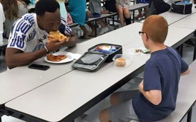 Mom's Friendless Kid Always Ate Lunch Alone. Then a Football Star Sat Down and Mom Breaks Down In Tears!